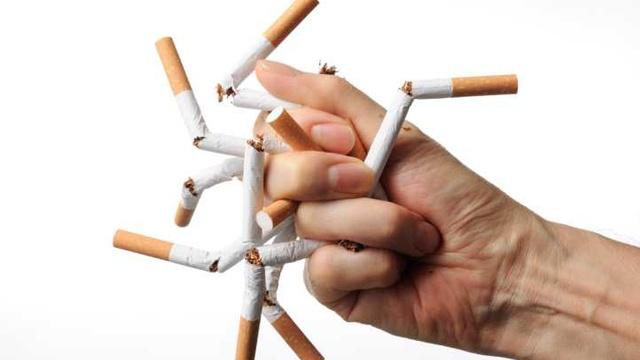 Czy rzceie palenia pomaga schudnąć
