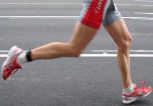 biegacz kolana